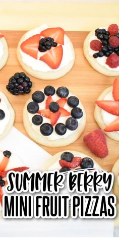 These red white & blue mini fruit pizzas are bursting with summer berry flavor! Sugar cookies topped with cream cheese icing & delicious berries! Perfect for the 4th, Memorial Day, or any picnic! Delicious Cookie Recipes, Yummy Treats, Sweet Treats, Healthy Recipes, Peanut Butter Cookies, Chocolate Chip Cookies, Sugar Cookies, Mini Cookies, Yummy Cookies