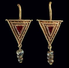 Pair of Roman Gold, Garnet & Glass Earrings | ca. 2nd to 3rd century AD.