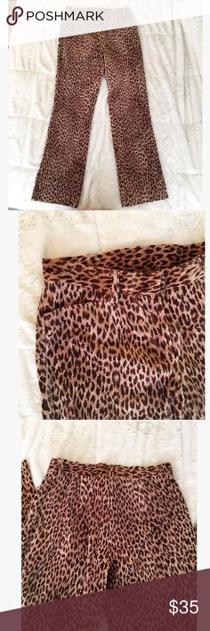 Vintage Velvety Leopard Pants - Size 6 - Jones NY Vintage velvet-feeling leopard pants by Jones New York Signature. Size 6. Made in Colombia. 98% Cotton and 2% Lycra Spandex. Mid-Rise. Zips and buttons in front with side pockets up top. No pockets on back. Dry clean. Very retro! I picture wearing these around Greenwich Village in NY, or as a touch of vintage flair to a daily ensemble. Please feel free to ask questions below! Jones New York Pants