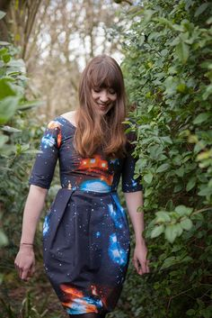 Cute dress made from galaxy print bedsheets // 25 Galactic DIYs Inspired by Outer Space