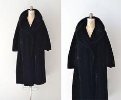Opera Night coat / velvet 1950s coat / black 50s by DearGolden