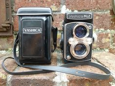 Vintage Yashica-Mat TLR Camera with Case Copal MXV Yashinon 1:3.5 80mm Lens  #Yashica