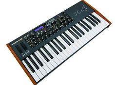 Dave Smith Instruments Mopho - yet another little beast that I need. er want. er need. it's my birthday soon. Drum Machine, Music Lovers, The Voice, Music Instruments, Music Production, Electronic Music, Studio, Lust, Keys