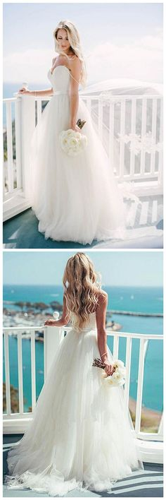 Ivory Tulle Destination Sweetheart Spaghetti Strap Wedding Dress