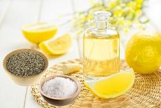 Sleep Scents: Lemon - What if a simple sniff could wake you up and energize you for hours? Ditch the coffee because we?re talking about lemon with its zesty, fresh citrus smell of lemon Tea Tree Essential Oil, Lemon Essential Oils, Essential Oil Uses, Arthritis, Skin Whitening Foods, Febreze, Dark Knuckles, Mold Spray, Home Remedies