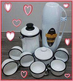 Lindissímo kit de Café branco:  eferência: 11616 - Açucareiro 10 - EWEL (cod. 70.003) Branco - 500 ml - Dimensões: 11 x 12 x 0 [LAP]  Referência: 11634 - Bule Cafe 14 - EWEL(COD 69.003) Branco 1500 ml - Dimensões: 10 x 23 x 0 [LAP] Referência: 11644 - 6 Xícara 08 - EWEL(100.003) Branco - Dimensões: 8 x 5.5 x 0 [LAP] Referência: 12754 - Garrafa Térmica MOR Eleganza Branca 1L (cod.25100704) - Dimensões: 11 x 33 x 14.5 [LAP]