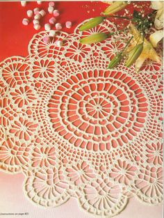 Crochet 'Sweetness and Light' doily - free pattern