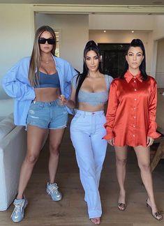 Estilo Kardashian, Kourtney Kardashian, Robert Kardashian, Kardashian Family, Kardashian Jenner, Look Fashion, Fashion Outfits, Moda Chic, Jenner Sisters
