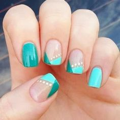 Image on Easy Nail Designs for short nails step by step in spring. Picture of Easy & & Nails Source by vavnageldesign The post Image on Easy Nail Designs for short nails step by step in spring. Picture & appeared first on nails. Fancy Nails, Love Nails, Trendy Nails, How To Do Nails, Teal Nails, Sparkle Nails, Green Nails, Gorgeous Nails, Nails Turquoise