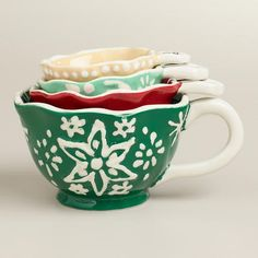 One of my favorite discoveries at WorldMarket.com: Snowflake  Measuring Cups - how perfect are these? So cute!