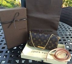 Louis Vuitton Handbags For Street Styles LV Cheapest Price Only $190* Big Discount Save 50% Louis Vuitton Bags Outlet Online Hot Sale. #Louis #Vuitton #Handbags