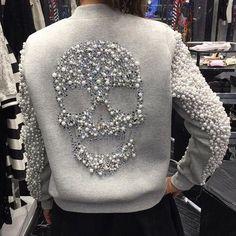 Fashion discovered by Türk Kızı on We Heart It - макияжу Denim Fashion, Fashion Outfits, Womens Fashion, Fashion Fashion, Skull Fashion, Mode Style, Style Me, Estilo Denim, New Mode