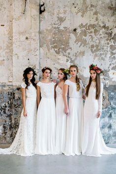 Traumhaft leichte Brautkleider von Victoria Rüsche Tali Photography http://www.hochzeitswahn.de/inspirationsideen/traumhaft-leichte-brautkleider-von-victoria-ruesche/ #bride #weddingdress #fashion