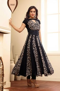 Look Gorgeous with Neha Sharma Black Georgette Anarkali Suit Shop now @ http://zohraa.com/black-faux-georgette-anarkali-suit-z1928p2032-11.html sku : Z1928P2032-11 Rs. 2,649 ‪#‎suits‬ ‪#‎anarkalisuits‬ ‪#‎anarkalisonline‬ ‪#‎suitsonline‬ ‪#‎salwarkameez‬