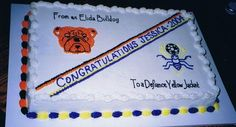 Cake Idea for High School Graduation (http://cdn.cakecentral.com/f/fc/fc87b2de_gallery3845from_this_to_that.jpeg)