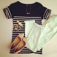 Perfection: Boatneck tee, white skinnies, patent bow flats, and simple jewelry.