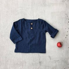 * 100% soft linen * Long sleeve * 2 buttons at the front * Handmade in Slovakia