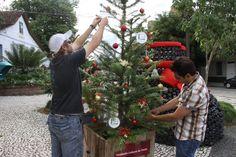 Timbó – Abertas as inscrições para o Tannenbaumfest  A Fundação Cultural de Timbó abre as inscrições para o 5º Tannenbaumfest, a Festa dos Pinheirinhos. A edição deste ano será realizada no Parque Central, de 07 de dezembro a 05 de janeiro de 2014.