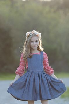 Hazel Skirt Pattern by Violette Field Threads {apron and dress for Belle} Cute Little Girls, Little Girl Dresses, Girls Dresses, Flower Girl Dresses, Toddler Fashion, Kids Fashion, Pinafore Pattern, Prom Dresses Blue, Dress Prom