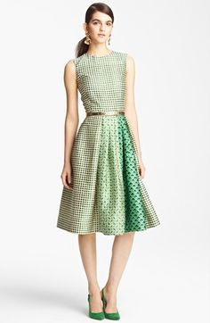 Oscar De La Renta Print Full Skirt Dress in Green (ivy) Oscar Dresses, Day Dresses, Dress Outfits, Prom Dresses, Full Skirt Dress, Dress Skirt, Dress Up, Love Fashion, Trendy Fashion