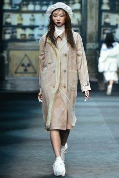 Steve J & Yoni P Seoul Fall 2015 Collection Photos - Vogue