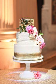 www.littlehillfloraldesigns.com Wedding cake with garden roses and peonies.