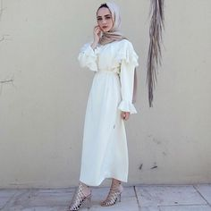 """13.5k Likes, 216 Comments - Hijab Fashion (@hijabfashion) on Instagram: """"Designer brands @abayaaddict and @coveredbliss are giving away THIS LOOK from their collaboration…"""""""