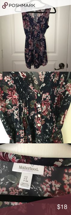 Motherhood Small floral tank top Cute tank top. In great condition!! Very comfortable. Motherhood Maternity Tops Tank Tops