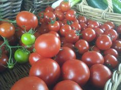 You can't beat the flavour of fresh organic tomoatoes..... #wiltshire #food #organic