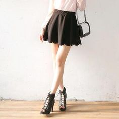 Buy 'Envy Look – Perforated Scalloped Hem Mini Skirt' with Free International Shipping at YesStyle.com. Browse and shop for thousands of Asian fashion items from South Korea and more!