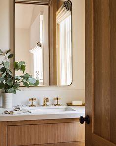 "@studiolifestyle_ on Instagram: ""Wash your hands mood"" Minimal Bathroom, Small Bathroom, Master Bathroom, Scandinavian Bathroom, Bathroom Inspo, Beautiful Bathrooms, Bathroom Organization, Sweet Home, Home Decor"