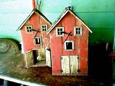 Barn clocks reusing barn wood