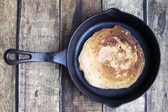 These grain-free maple cinnamon pancakes are so delicious! They are gluten-free and my kids liked them better than regular pancakes! Gluten Free Recipes For Breakfast, Gluten Free Breakfasts, Paleo Breakfast, Breakfast Ideas, Paleo Cereal, Clean Recipes, Healthy Recipes, Convenience Food, Grain Free