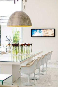 Classic Contemporary Dining Room