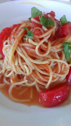 トマトとバジル