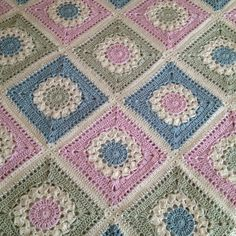 Ravelry: AnnabelsArmoire's Annabel's big bed blanket