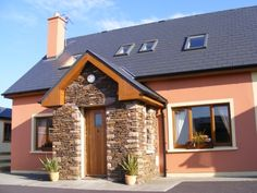 The Tralee Bay Holiday Village is ideally located in the heart of the Dingle Peninsula and the cottages are pet firendly! Book now! http://www.irishcottageholidays.com/accommodation-detail/en/cottage-27/Tralee_Bay_Holiday_Village
