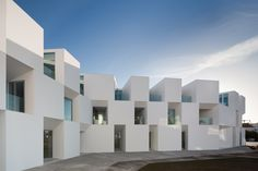 House for Elderly People | Aires Mateus Associados