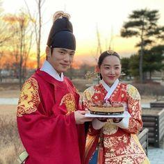 Jung Hyun, Kim Jung, Secret Garden Korean, Korean Drama Series, Best Kdrama, Film Pictures, Drama Funny, Movie Couples, Drama Korea