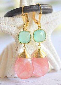 Coral and Aqua Bridesmaids Earrings. Wedding Jewelry.