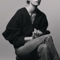 simple well made separates Look Fashion, Fashion Beauty, Fashion Design, Fashion Details, Alexander Mcqueen, Silhouette, Mode Inspiration, Her Style, In This World