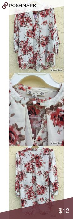 Floral Snap Collar Blouse Never worn, and has its tags. So beautiful! But it fit a little big on me :( I would consider it almost a size medium. Tops Blouses