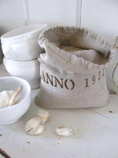 Vintage chic: Sjarmerende produkter i lin/ charming linen products