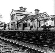 1883 – Railway Station, Sion Mills, Co. Londonderry, Paths, Trains, Ireland, Irish, Buildings, History, Historia, Irish Language