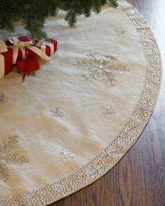 Jute Snowflake Tree Skirt | Balsam Hill