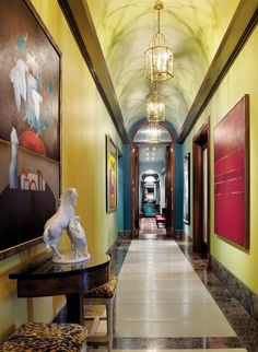 Traditional Staircase/Hallway by Samuel Botero and Ignacio Mallol in Panama