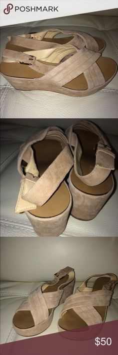Jcrew nude platforms. Criss cross front. Size 7 Jcrew nude platforms sandals cross cross and buckle. Wore once and never again. J. Crew Shoes Platforms