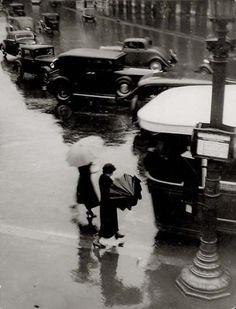 "adanvc: "" Rue de Rivoli, Sous le Pluie, 1937. by Brassaï """