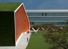 ACXT || Escuela de Magisterio Campus UPV (Leioa, España)