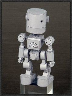 Shorty Robot Free Paper Craft Download